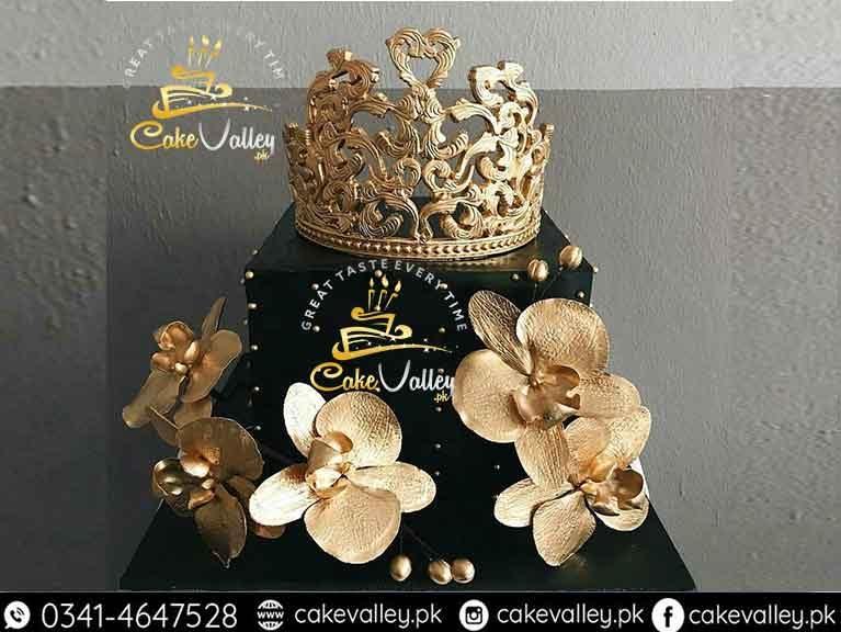 Best Golden Theme Cake