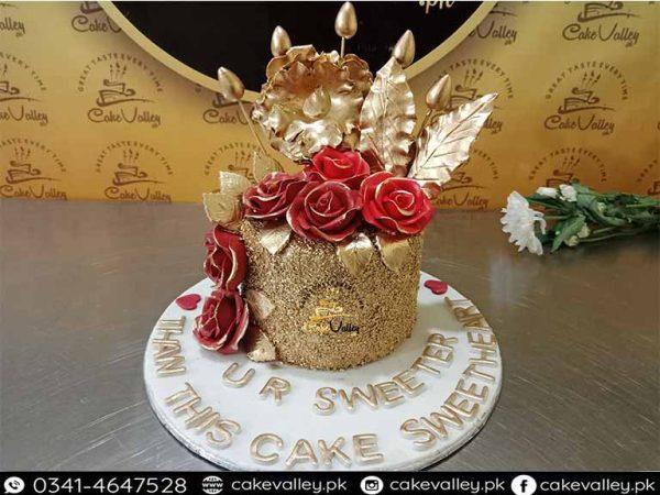 golden theme girls cake