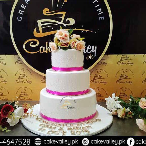 Best Wedding Cakes in Lahore - Custom Cakes Shop