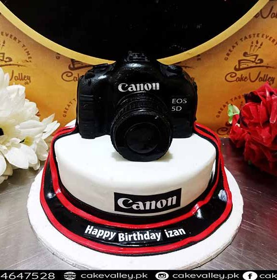 3d camera cake in lahore