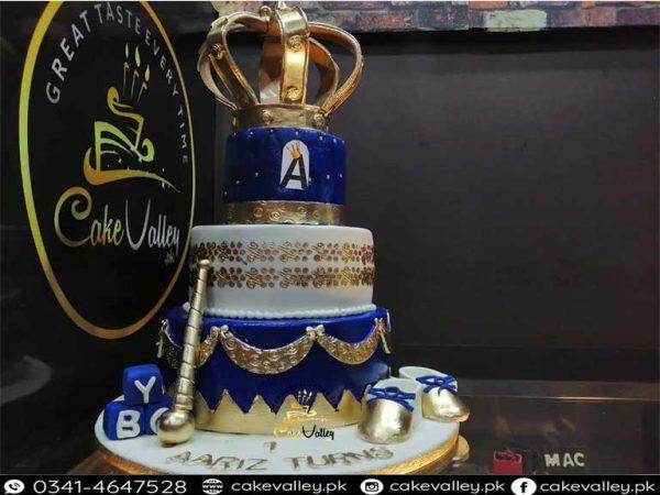 royal theme cake